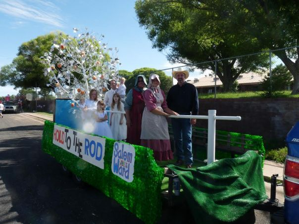 2015 Salem Float